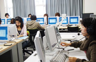 CALL教室(語学学習支援システム)